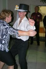 ...ženichův tanec :o) ...