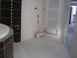 pre ajku 0077 (miesto pre umývadlo a práčku) :-)