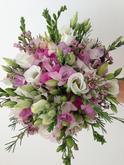 Svatební kytice - frézie, eustoma, wax, alstromélie