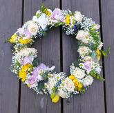 heřmánek, růže, frézie, nesvěstin závoj, nigela