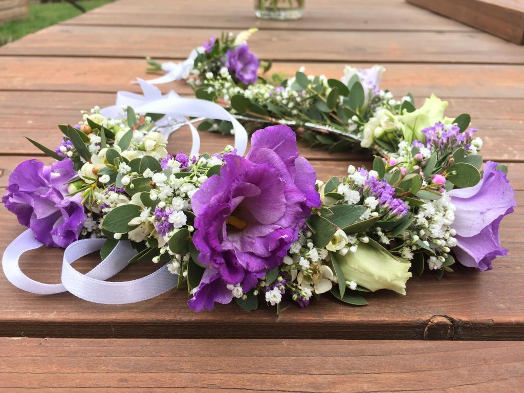 Dubnová svatba ve fialových tónech - čelenka do vlasů pro nevěstu