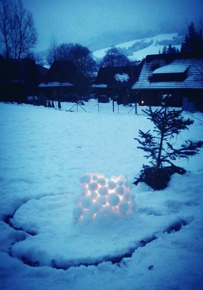 Zasnuby - Vo Svedsku deti stavaju taketo lucerny zo snehu a do stredu davaju sviecky. Je to kuzelne a vytvara to teply pocit aj v chladnom pocasi.