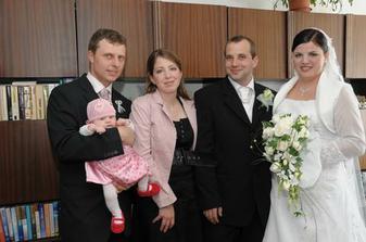 s Ivanovou sestrou Monikou, Petrom a Nelinkou