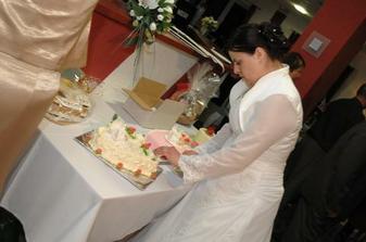 krájanie tortičky