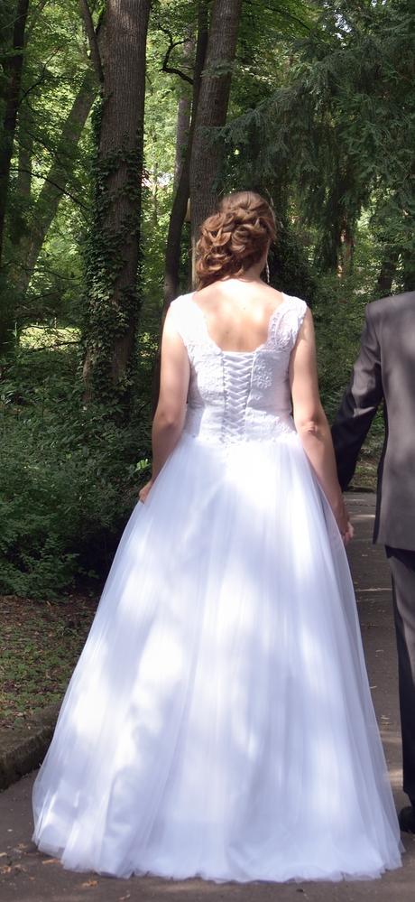 Svadobné šaty pre vysokú nevestu - Obrázok č. 2