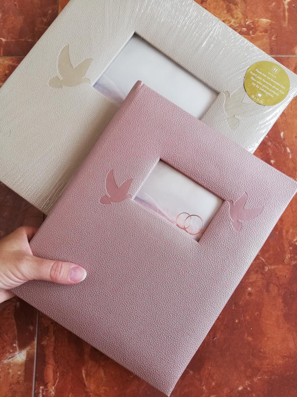Svadobný album a kniha hosti - Obrázok č. 1