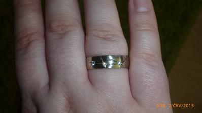 a prstienok na mne...
