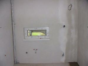 (9.10.2008) druha navsteva, zvacsena kuchyna (vid. vlhky beton na podlahe)