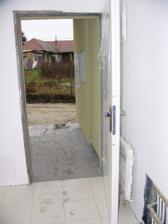 (20.12.2008) predsien s miniradiatorom za dverami