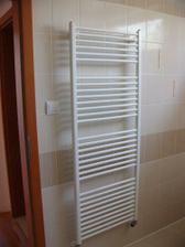 vyhrievaný rebrík a takmer dokončené dvere