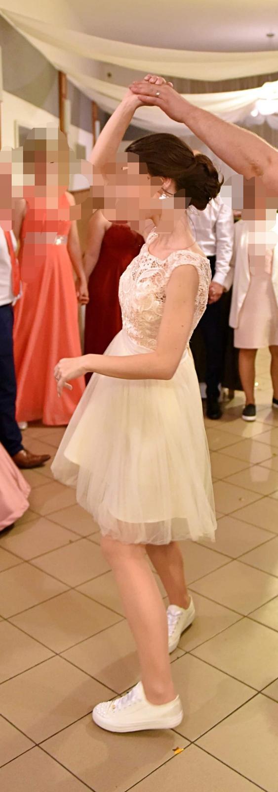 marhuľkové šaty - Obrázok č. 1