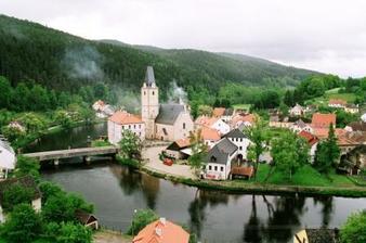 pohled z hradního mostu