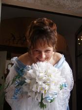 se svatební kytičkou.....