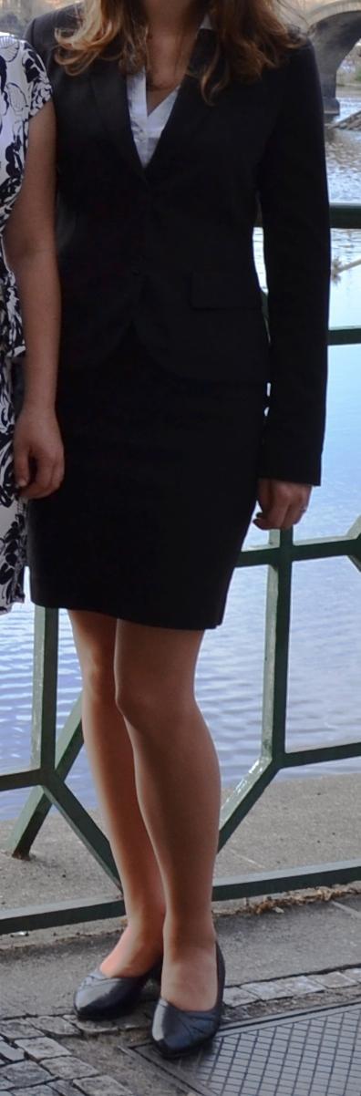 Černá pouzdrová sukně H&M - Obrázek č. 1