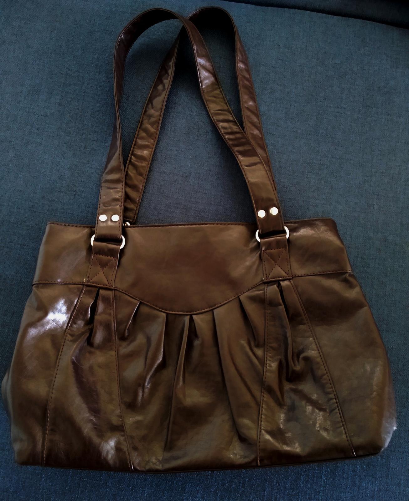 Tmavě hnědá kabelka - Obrázek č. 1
