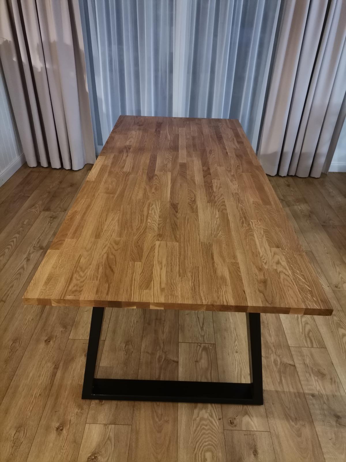 Jedálenský stôl - Obrázok č. 3