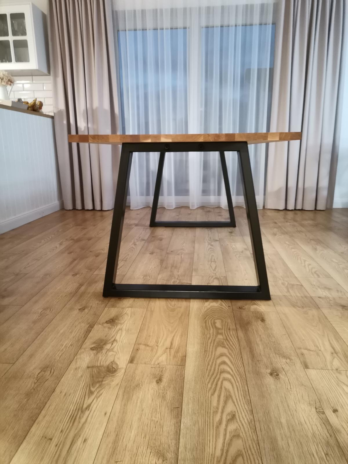 Jedálenský stôl - Obrázok č. 4