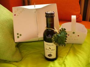 opět vlastní výzdoba-košíčky, výslužky, vínečko