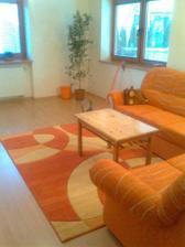 novy koberec oranzomania mojho manela