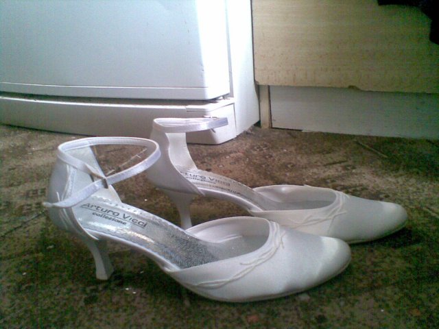 E+P prípravy - svadobne topanky najdene a kupene :)
