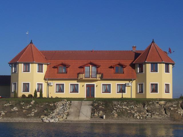 V + M = 28.8.2010 - Tu bude hostina, Penzion pri rybniku, Velka Paka