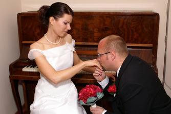 Prejav lásky u nás doma pri klavíri