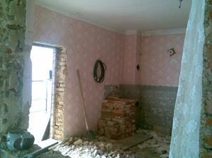 Bývalá kuchyňa budúca spálňa