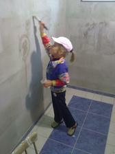 Pomocníčka pri maľovaní