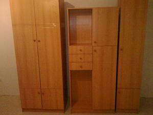 Podarované skrinky do detskej izby,začas postačia :)