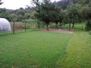 A posledná časť sadenia novej trávy
