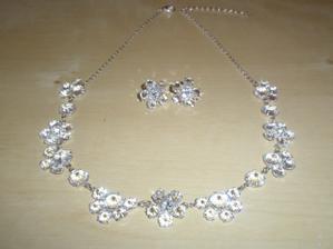 můj setík bižu-náhrdelník+naušničky