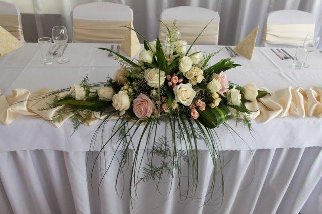 Cika26 - svadobny stol