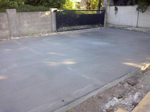 beton pod parkovaci pristresok