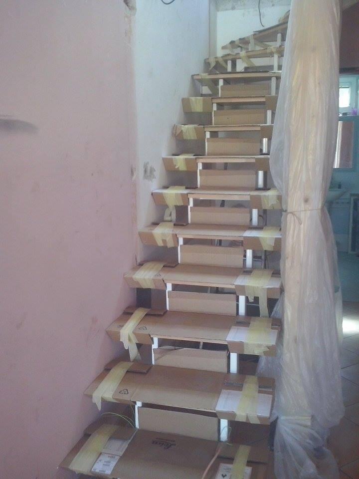 Dalsi level - zo stareho skoro nove - schody hotove a zakryte