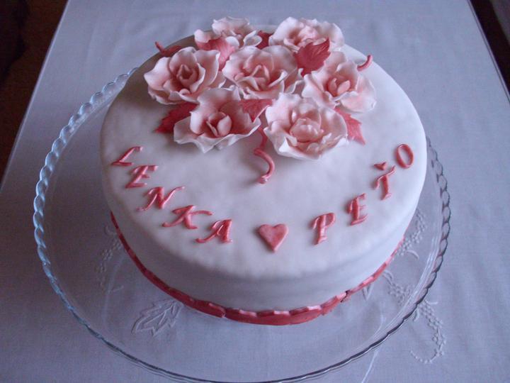 27. august 2011 - predstavy a realita - Zásnubná tortička...