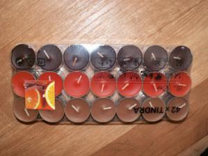zakoupené svíčky, ještě nevím zda je použiji - když tak pouze ty oranžové