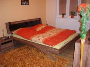 a naše ložnice-celá sestava od firmy JMP-maximální spokojenost, sice trošku dražší,ale jinak super