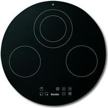 sklokeramická deska v kuchyni-Baumatic