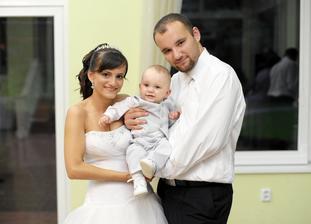 náš najmenší svadobčan :)