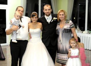 manželov brat s rodinou + sesternicina dcéra Danka
