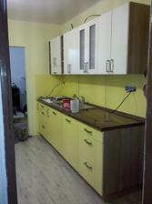 moja krásna žltobiela kuchyňa (samozrejme ešte nejaký ten bordel sa nájde)