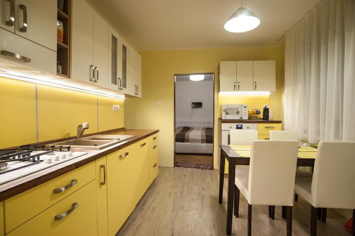 Náš bytík - Moja žltá kuchyňa :)