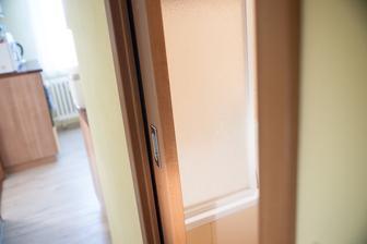 dvere do kúpelne