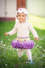 naša neposedná princezná dnes oslavuje svoj 1 rok :-*