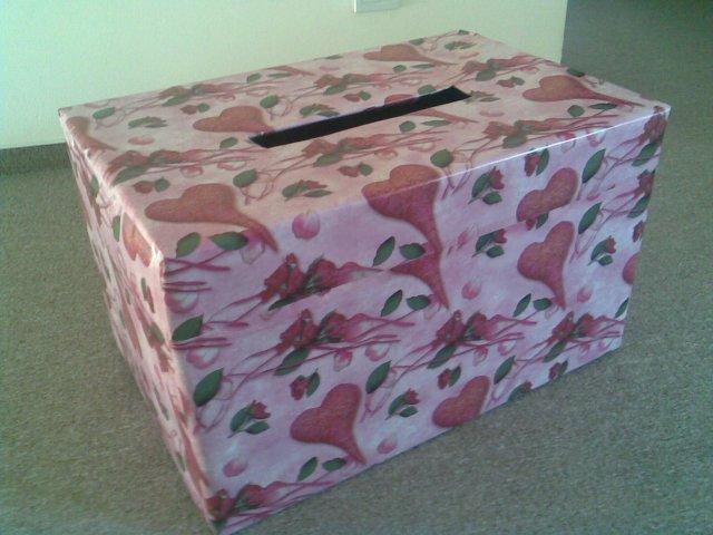 M+J - Vyrobená krabice na blahopřání- dáme ji na hostinu:-)...aby se to nikde neválelo