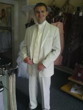 oblek ženicha