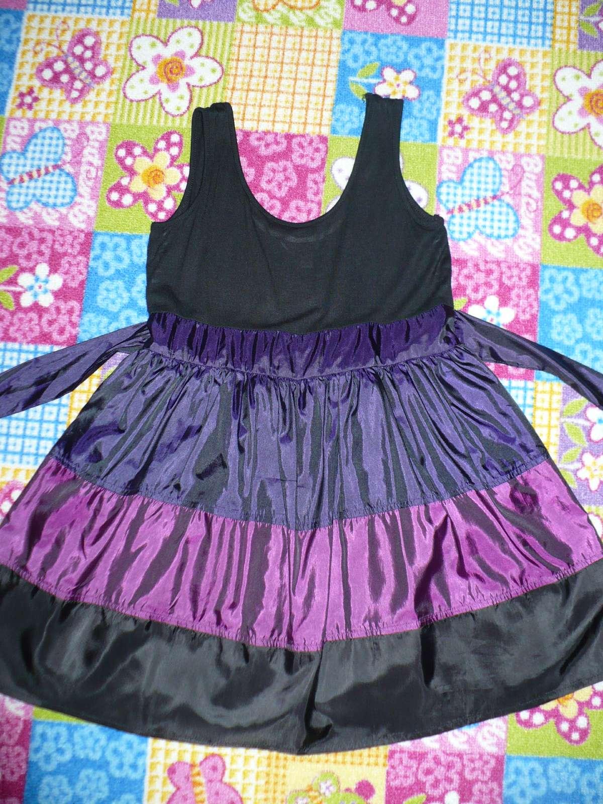 Fialovo čierne spoločenské šaty Y.d.  - Obrázok č. 2