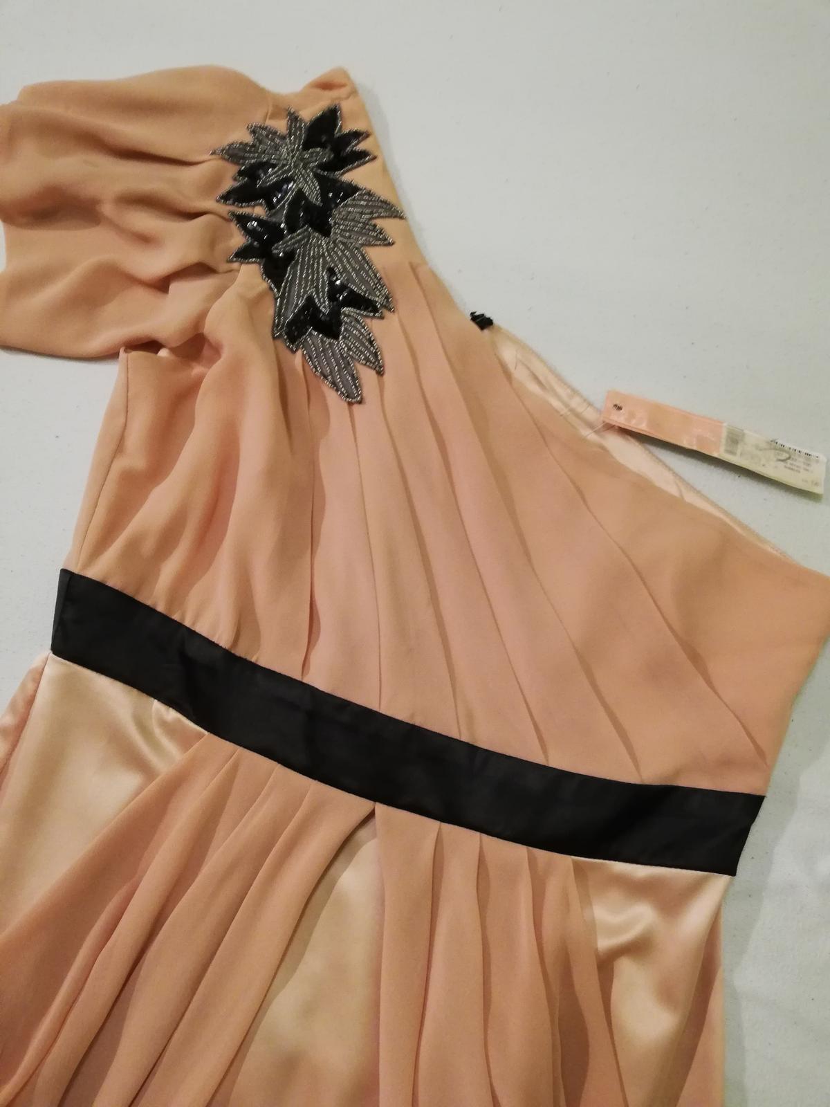 Pudrove šaty na jedno rameno  - Obrázok č. 2