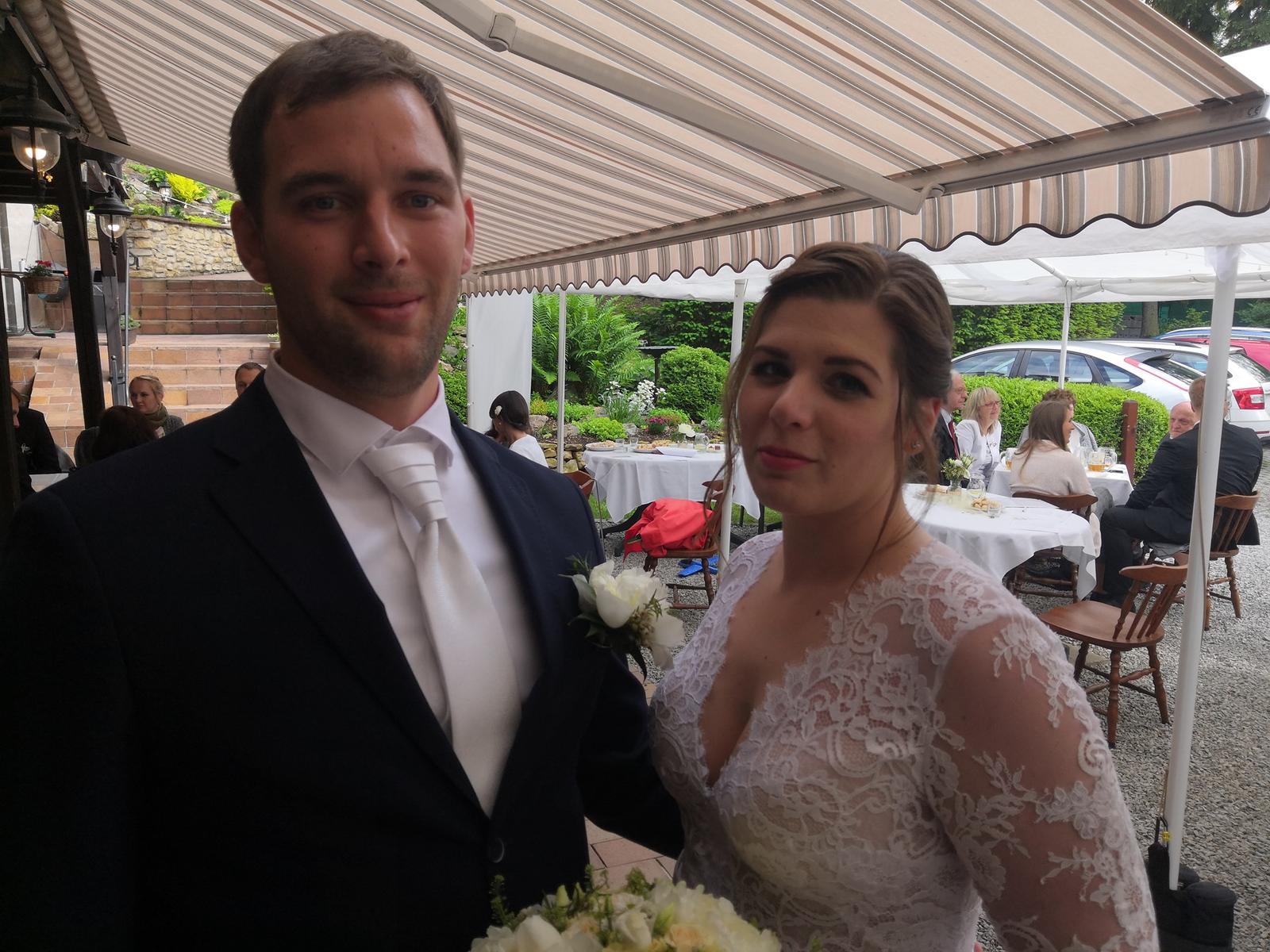 Svatební páry - BOSÁCI - Manželé Sankotovi