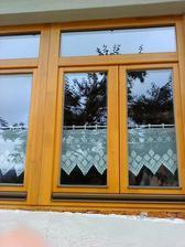 namiesto trojdielneho socialistického výkladu som si dala urobiť takéto okienka do kuchyne, dve vedľa seba